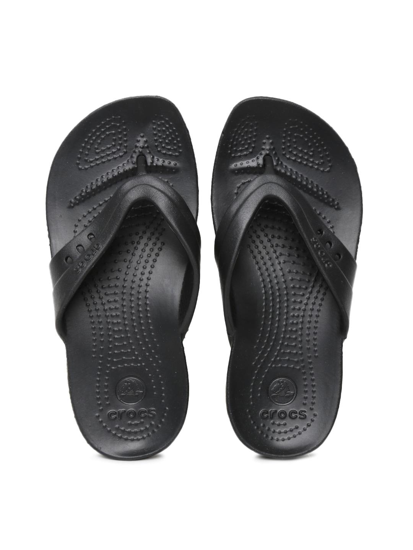 5f3038f78901 Crocs Shoes Online - Buy Crocs Flip Flops   Sandals Online in India - Myntra