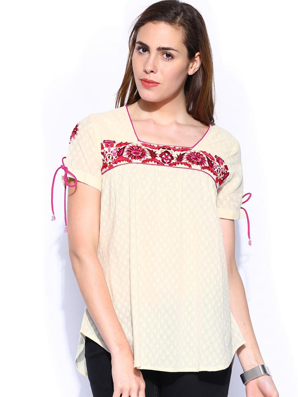 Shraddha Kapoor for IMARA Women Off-White Embroidered Top