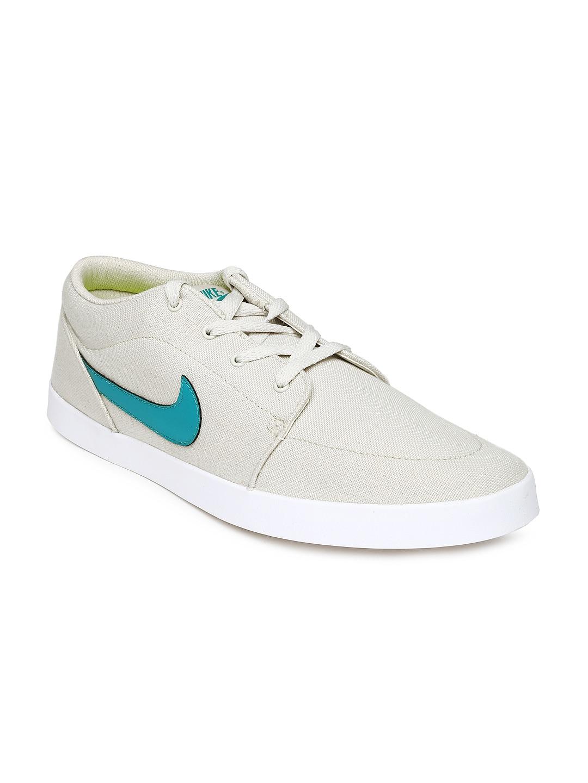 e24bf596180 Nike Shoes Online Myntra - Style Guru  Fashion