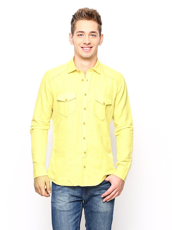 Blackberrys Men Yellow Slim Fit Casual Shirt