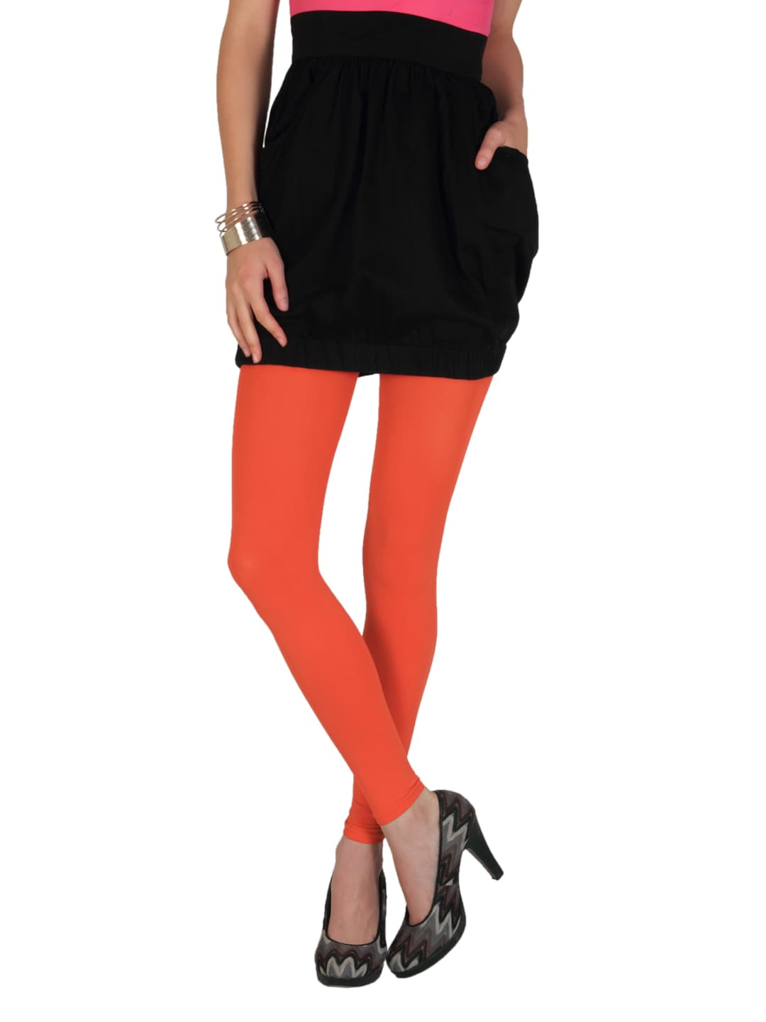 shop comfortable tights, leggings & socks from lane bryant For all the best fitting plus size tights and stockings, shop Lane Bryant's comfortable collection of tights, leggings and socks. Our knee high socks in solid colors or fun patterned socks are perfect for your favorite seasonal boots.