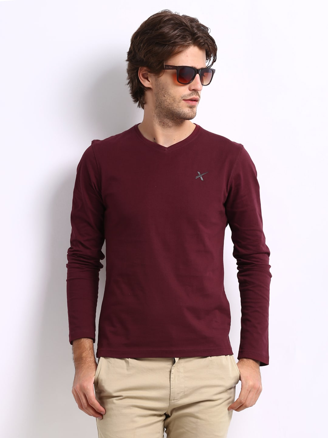 Online shopping at myntra india 39 s largest fashion and for Maroon t shirt for men