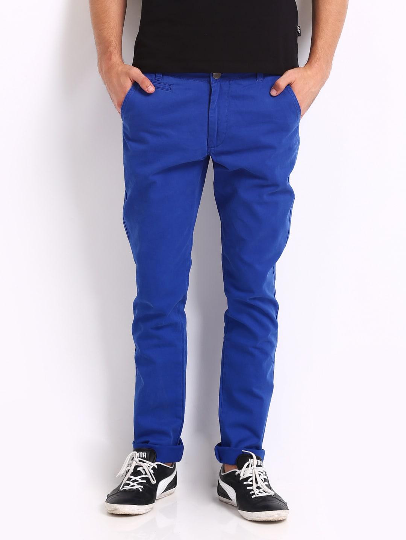 IZOD Men Blue Slim Fit Casual Trousers
