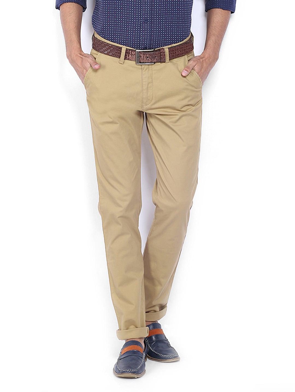 IZOD Men Khaki Slim Fit Trousers