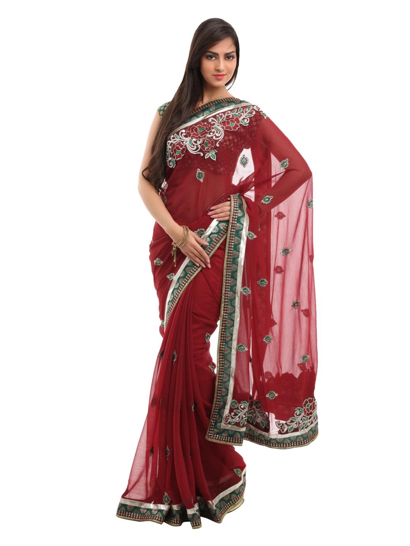 Indian-Women-Red-Sari_67776e1779aeed1b57e80f3ea0042bcc_images.jpg