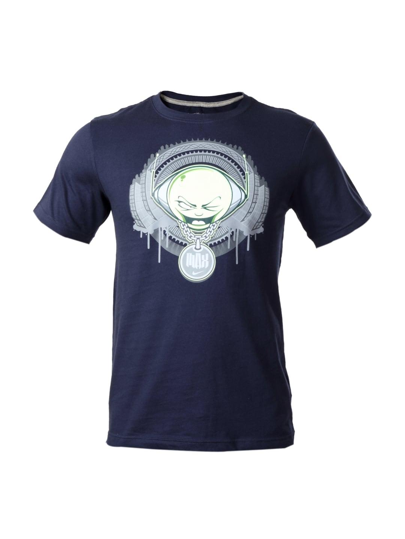 Buy nike men navy blue t shirt tshirts for men myntra for Navy blue and white nike shirt