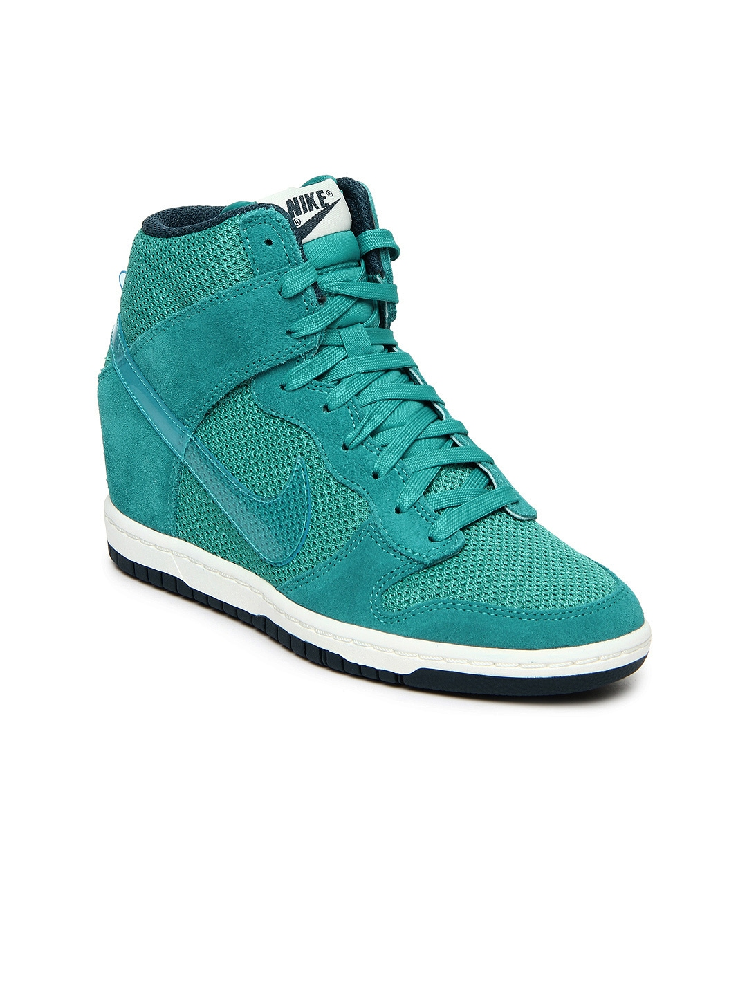 nike women green dunk sky hi essential casual shoes. Black Bedroom Furniture Sets. Home Design Ideas