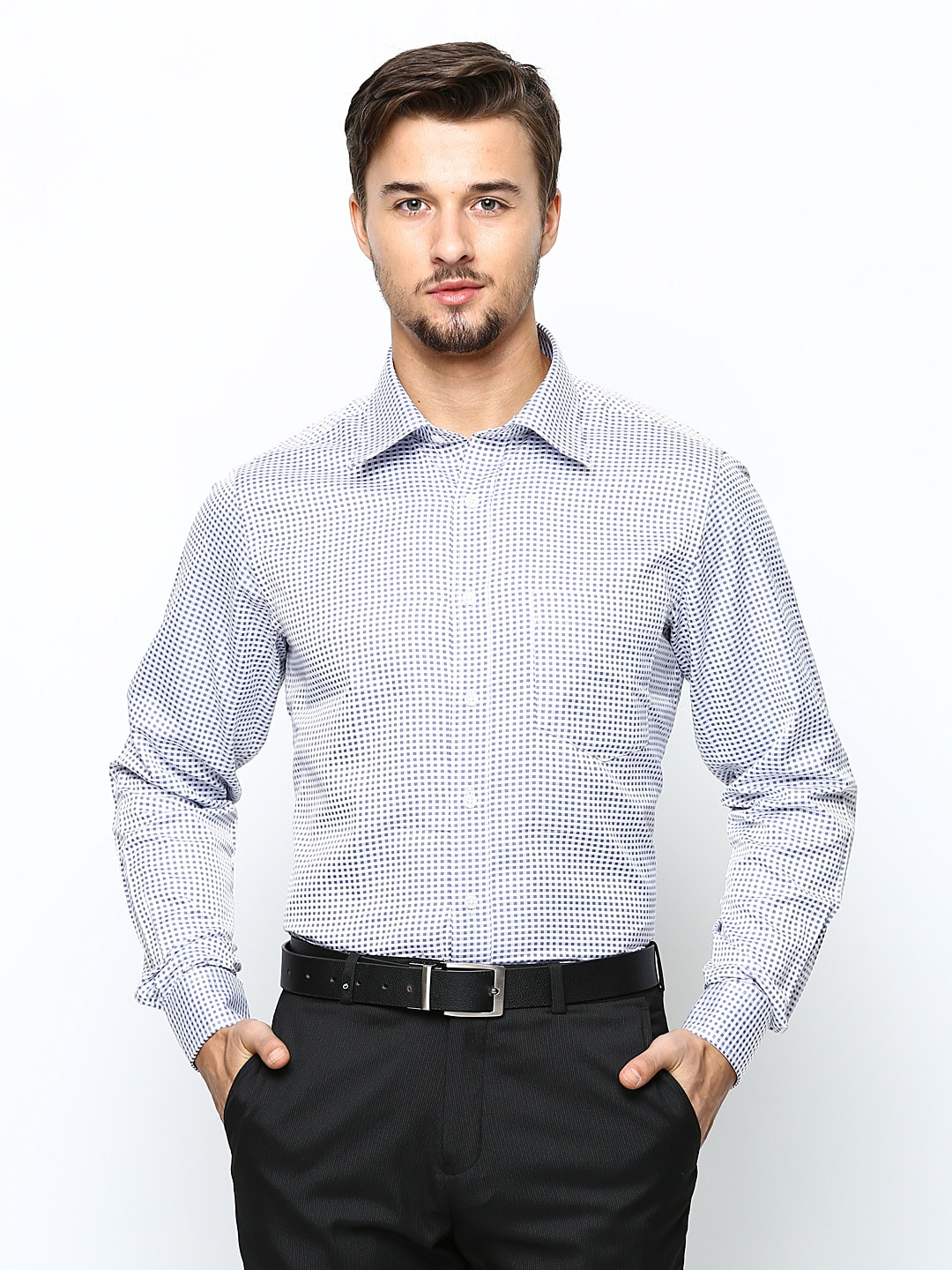 Oxemberg Oxemberg Men Blue & White Checked Slim Fit Formal Shirt (Multicolor)
