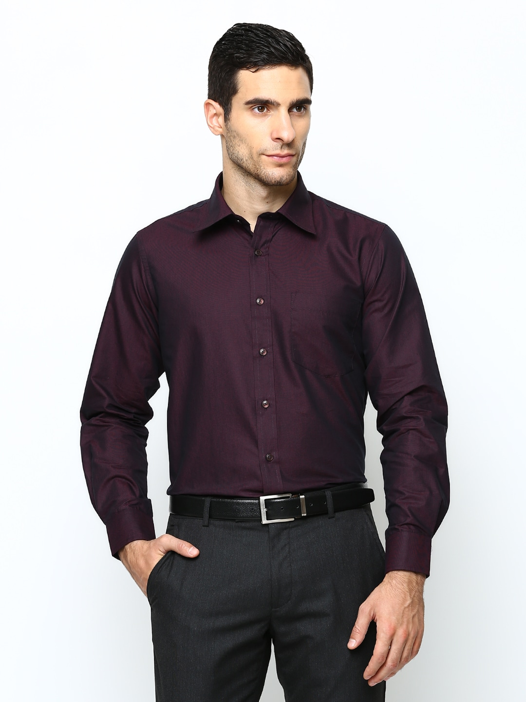 Oxemberg Men Purple Slim Fit Formal Shirt (violet)