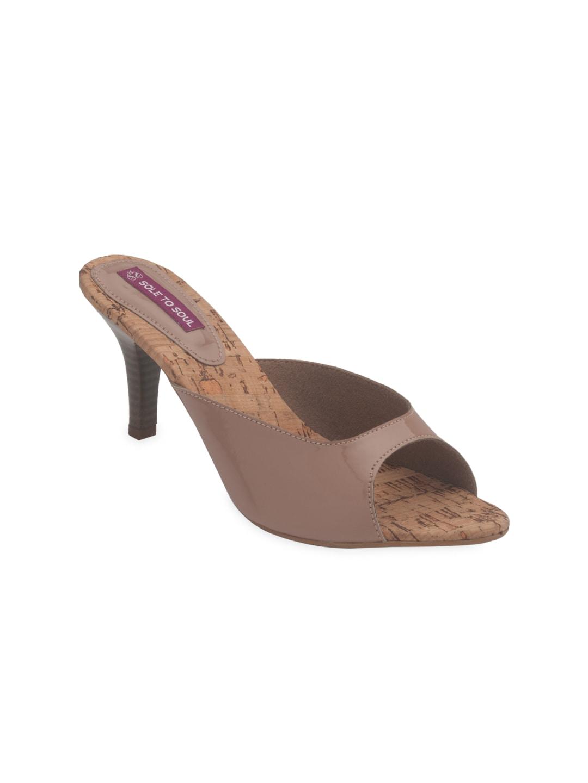 Sole To Soul Women Beige Heels (beige\/sand\/tan)