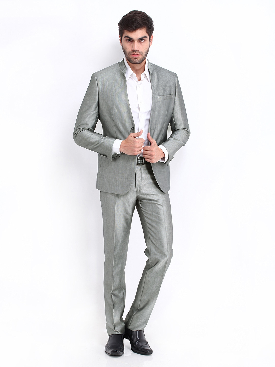 Indian men wedding clothing