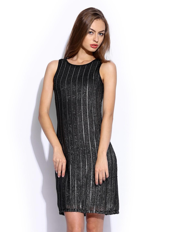 buy vero moda by karan johar black shift dress 379 apparel for women 447188. Black Bedroom Furniture Sets. Home Design Ideas