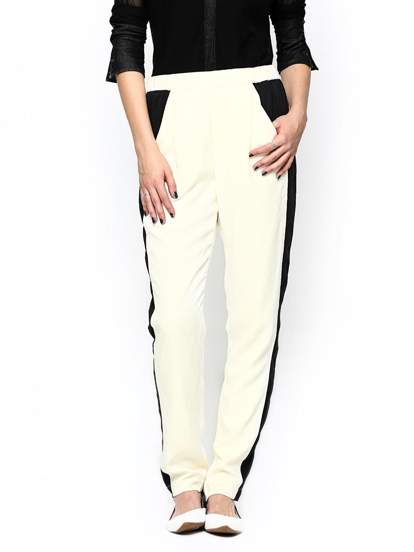 Vero Moda Women Off-White & Black Lounge Pants