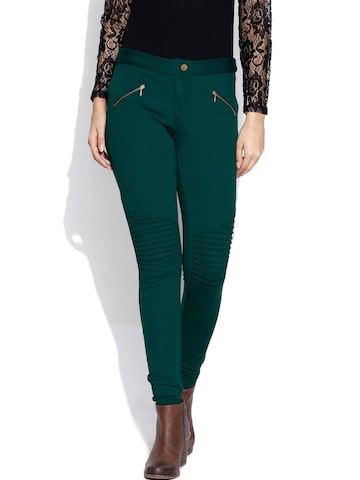 Wills Lifestyle Green Jeggings with Tucks Wills Lifestyle Jeggings at myntra