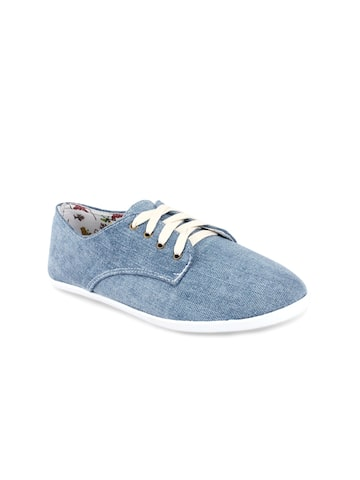 20Dresses Women Blue Casual Shoes at myntra