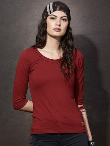 Roadster Women Rust Red Solid Round Neck T-shirt at myntra