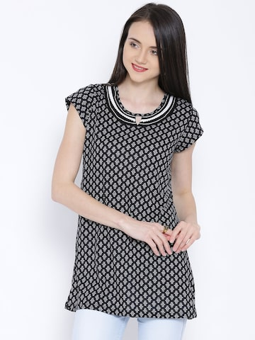 Fusion Beats Black & Off-White Printed Tunic at myntra