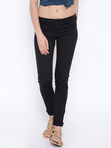 Flying Machine Black Betty Fit Jeggings at myntra