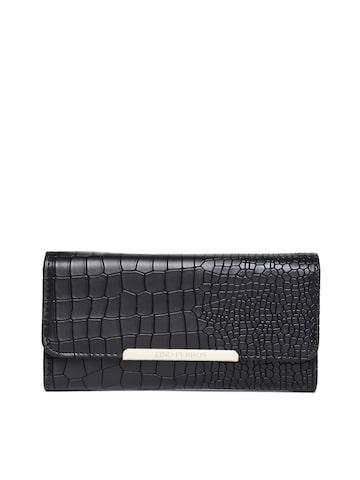 Lisa Haydon for Lino Perros Women Black Croc Textured Wallet at myntra