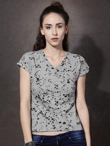 Roadster Women Grey T-shirt at myntra
