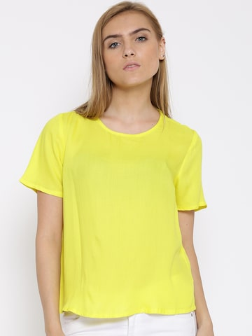 Vero Moda Yellow Back Slit Top at myntra