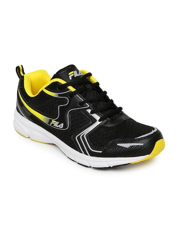 FILA Men Black BARREL IV Running Shoes at myntra