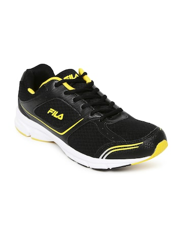FILA Men Black RUN FAST PLUS 4 Running Shoes at myntra