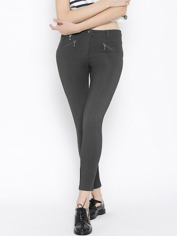Vero Moda Charcoal Grey Jegging at myntra