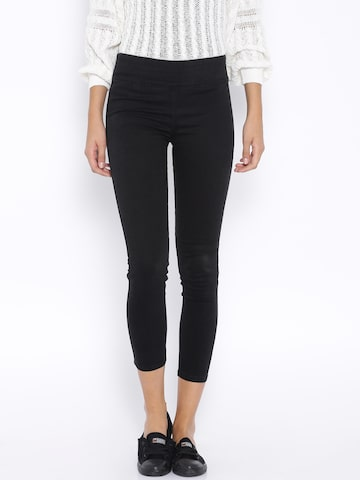MANGO Black New Fit Jeggings at myntra