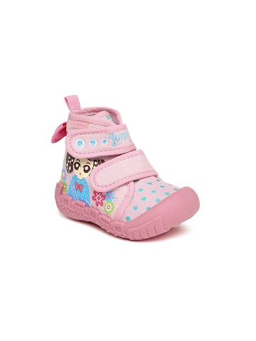 Kittens Girls Pink Printed Boots at myntra