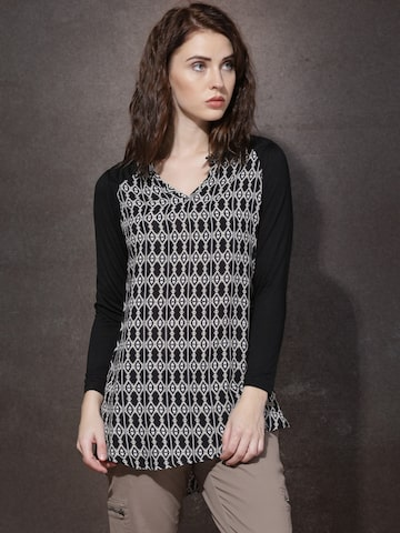 Roadster Women Black & Beige Printed Regular Top at myntra