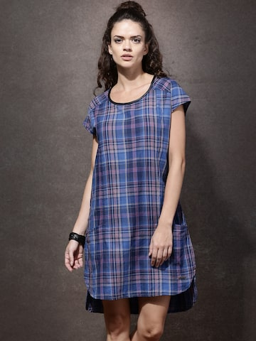Roadster Women Blue & Purple Checked Shift Dress at myntra