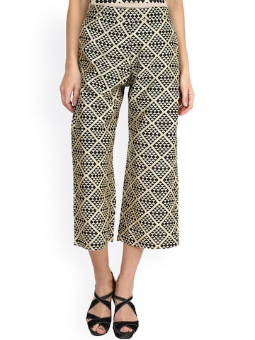 Miss Chase Women Black & Beige Printed Culottes at myntra