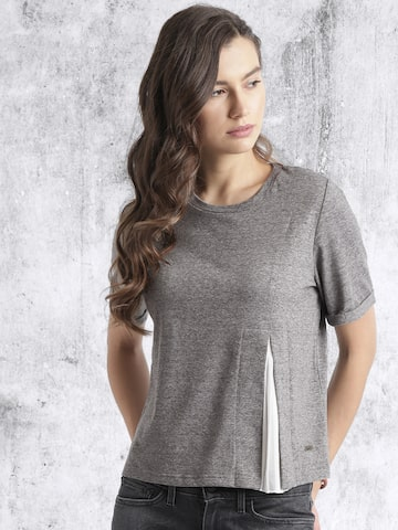 Roadster Women Grey Melange Solid T-shirt at myntra
