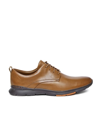 Clarks Men Tan Solid Tynamo Walk Leather Oxfords Clarks Formal Shoes at myntra