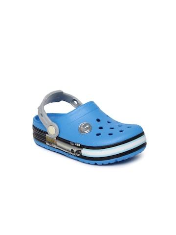 Crocs Kids Blue Star War Jedi Light-Up Clogs at myntra