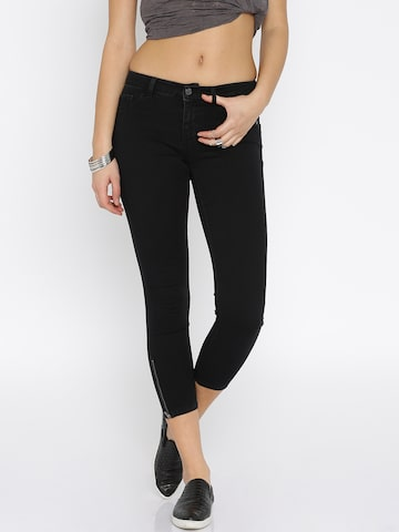 ONLY Black Jeggings at myntra