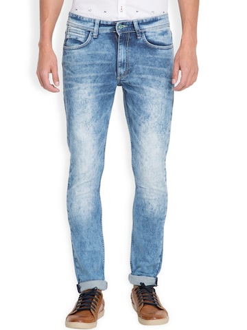 LOCOMOTIVE Men Blue Slim Fit Mid-Rise Clean Look Jeans at myntra