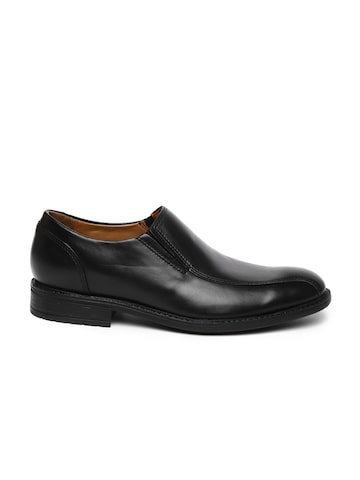 Clarks Men Black Truxton Step Leather Semiformal Shoes at myntra