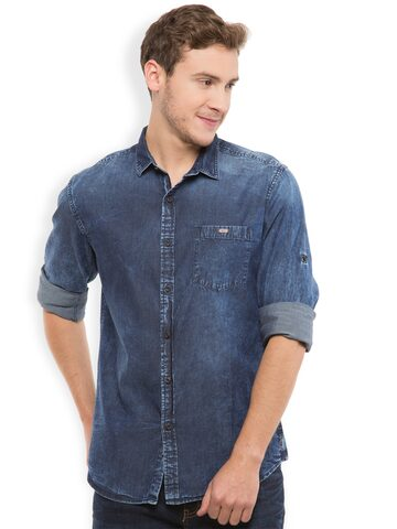 LOCOMOTIVE Men Blue Slim Fit Denim Casual Shirt at myntra
