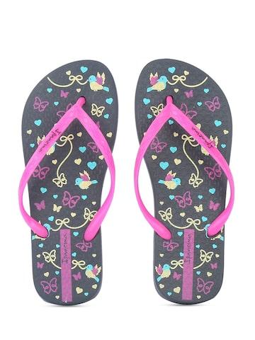 iPanema Women Pink & Black Printed Flip-Flops at myntra