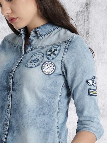 Roadster Women Blue Faded Denim Casual Shirt at myntra