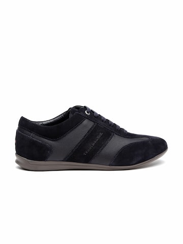 Tommy Hilfiger Men Navy Textured Leather Sneakers at myntra