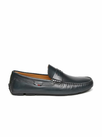 Tommy Hilfiger Men Navy Leather Driving Shoes at myntra