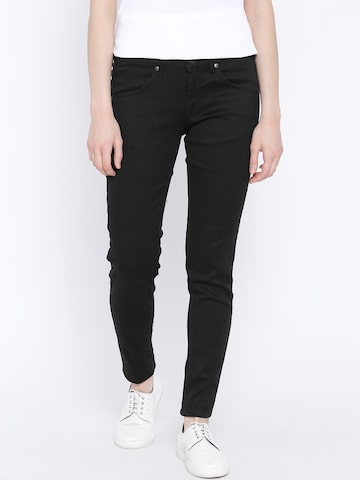 United Colors of Benetton Women Black Slim Mid-Rise Clean Look Jeans at myntra
