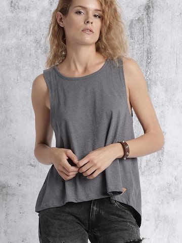 Roadster Women Grey Solid T-shirt at myntra