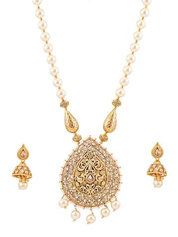 Sia Art Jewellery Gold-Plated Kundan Jewellery Set at myntra