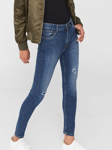 MANGO Women Blue Skinny High-Rise Mildly Distressed Ankle-Length Jeans at myntra