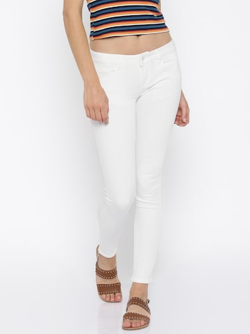 Deal Jeans Women White Skinny Fit Jeans at myntra