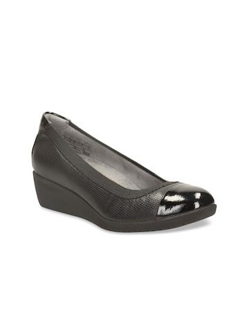 Clarks Women Black Solid Leather Pumps Clarks Heels at myntra